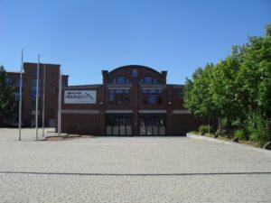Bogenbinderhalle Ostseite