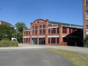 Bogenbinderhalle Westseite